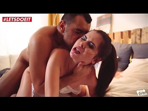 Russian Teen Babe will make you cum - Cassie Fire